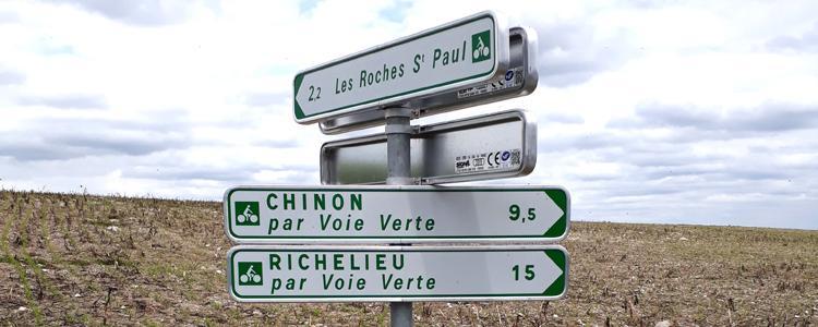 Panneaux directionnels pour la VOIE VERTE Chinon-Richelieu