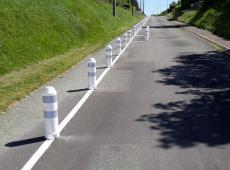 Pour la sécurité des automobilistes, un grand nombre de balises ont été installées à Blére (37) par notre équipe.